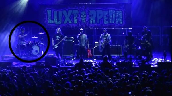 LuxTorpeda też walczy o równouprawnienie perkusistów/ fot. Grzesiek Sobisz