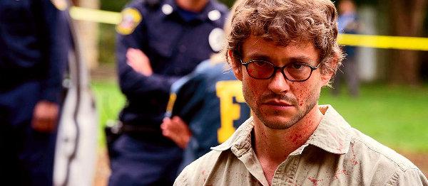 Will udaje Dextera, czyli panie śledczy, ma pan coś czerwonego na twarzy